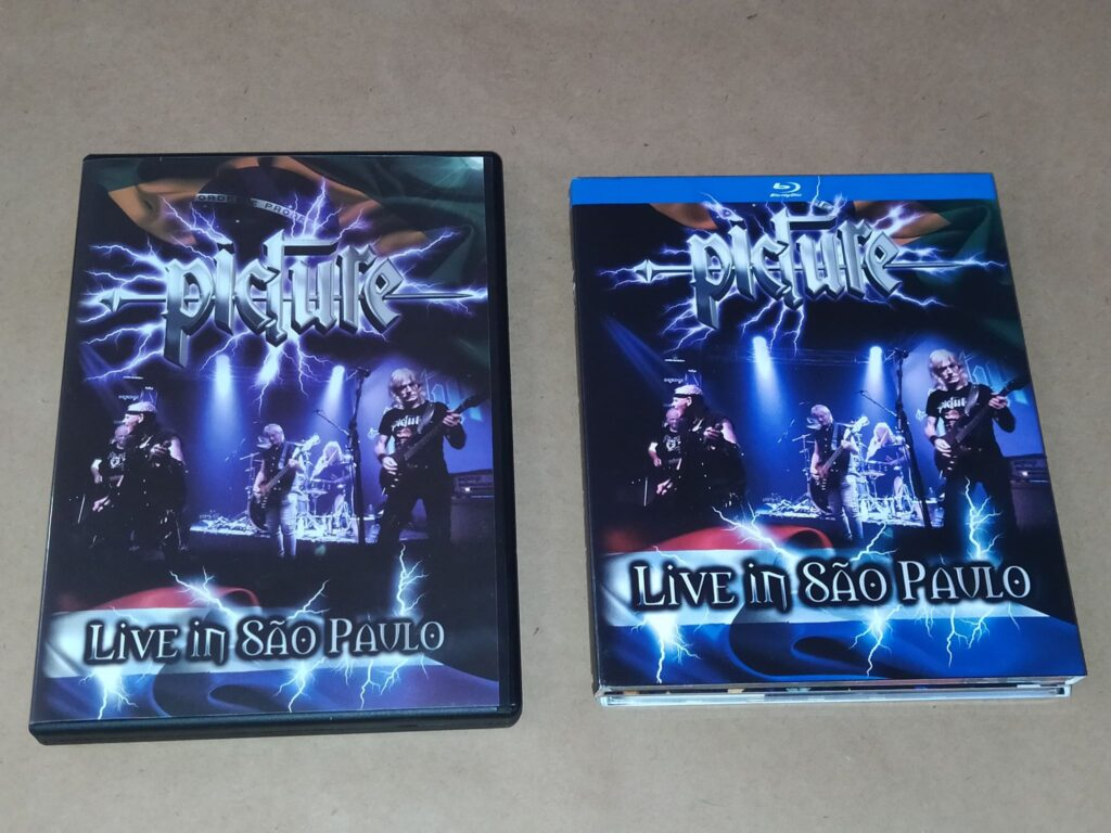 PICTURE: BluRay + 2 audio CD's Live in Sao Paolo